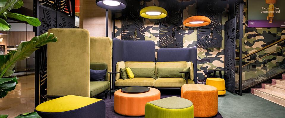 Loungen op kantoor met onze ruimte oplossingen